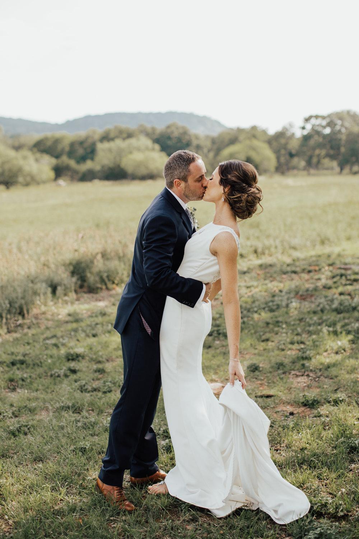 wedding-dress-photos.jpg