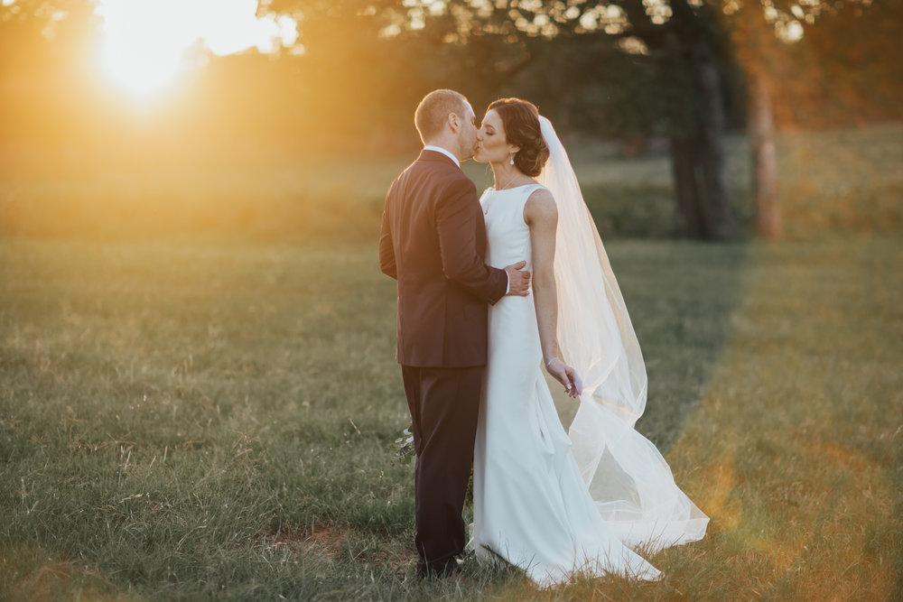 texas-bride-and-groom-photographer.jpg