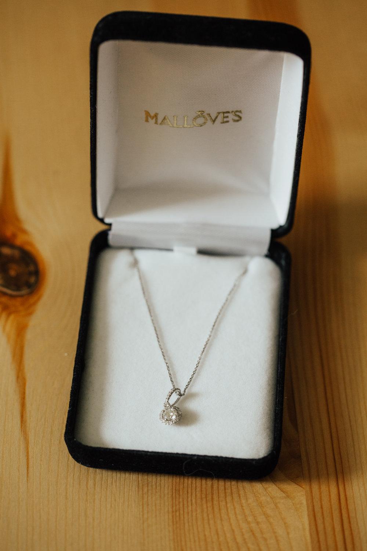 wedding-jewelry-details.jpg