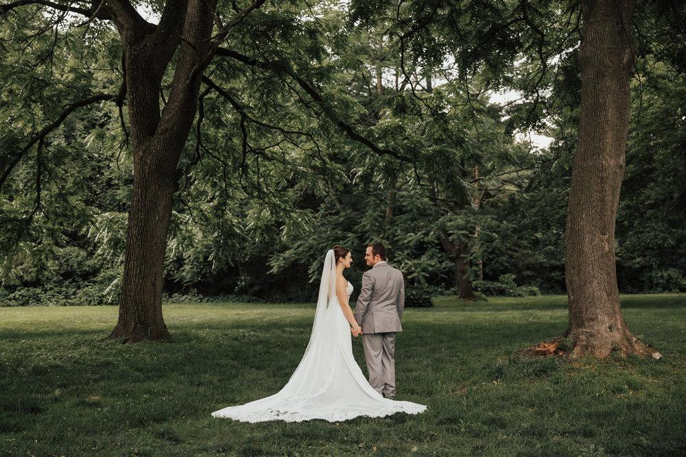 beautiful-dress-wedding-photos.jpg