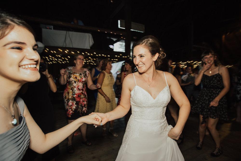 fun-hudson-valley-wedding-photographer.jpg