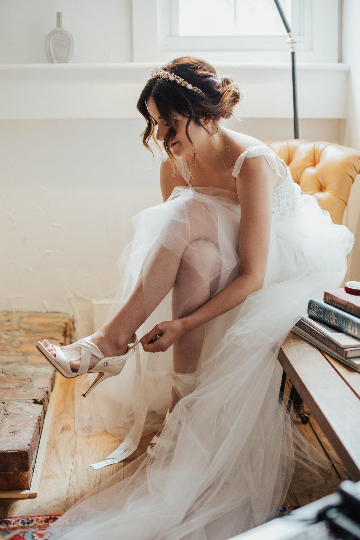 lihi hod bridal gown