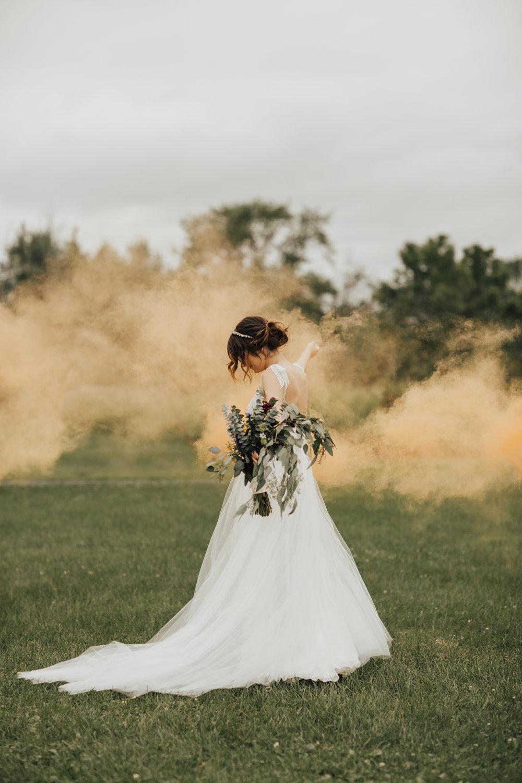 boho bride smokebombs