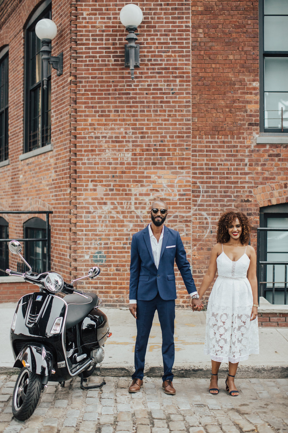 dumbo brooklyn engagement photos