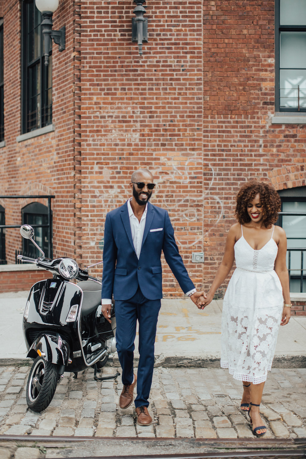 dumbo brooklyn engagement photography