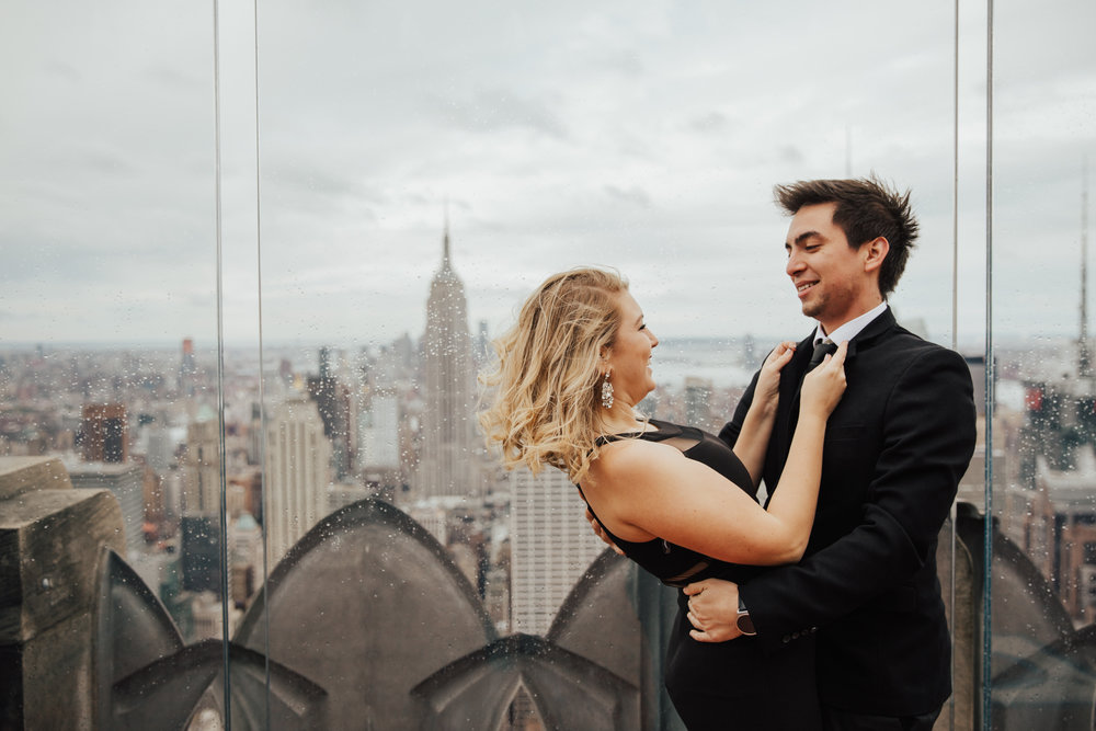 nyc rainy day engagement shoot