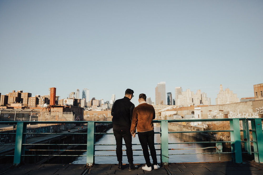 romantic brooklyn engagement photos