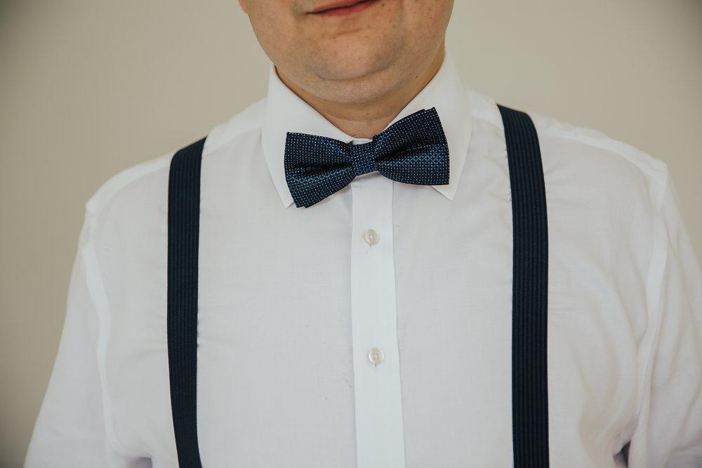 groom bow tie
