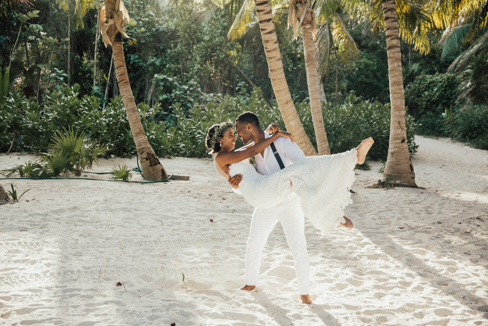 Best Tulum wedding photographer