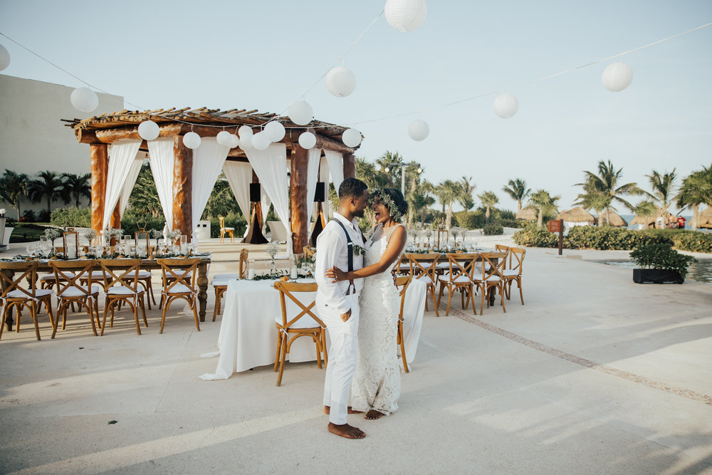 tropical mexico destination wedding