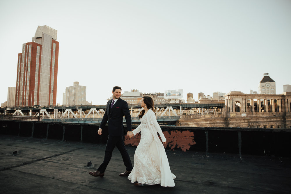 Intimate romantic ny wedding photographer