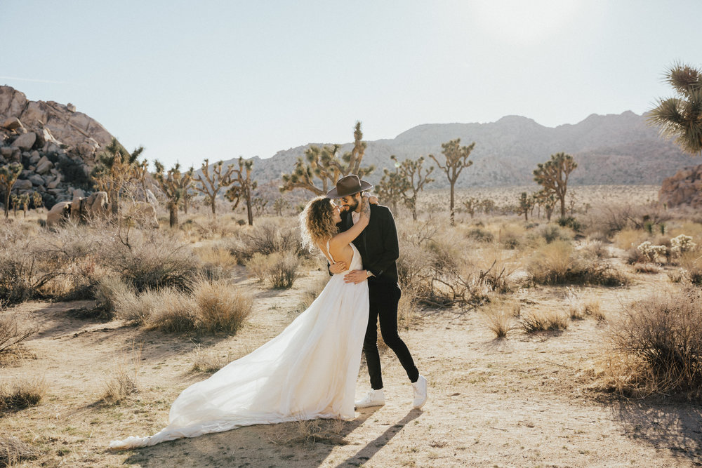 Adventure elopement in desert
