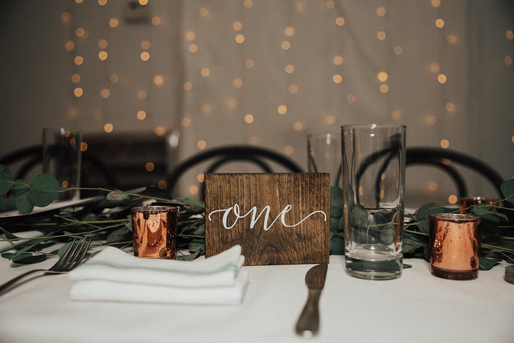 minimalistic wedding decor