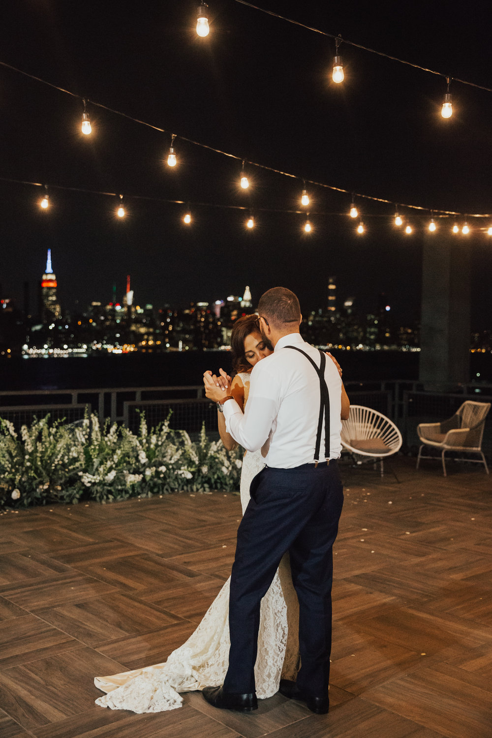 first dance nyc outdoor wedding