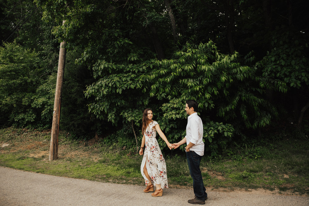 new jersey backyard engagement session