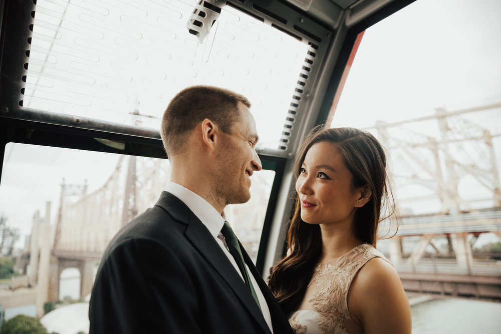 roosevelt island tram engagement photos