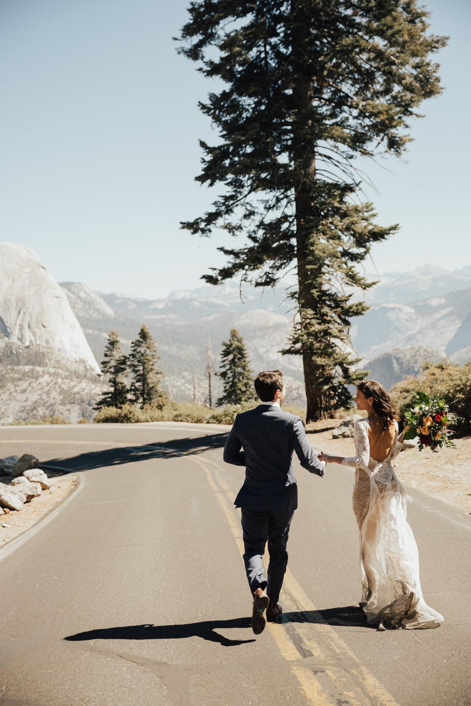 Adventure elopements