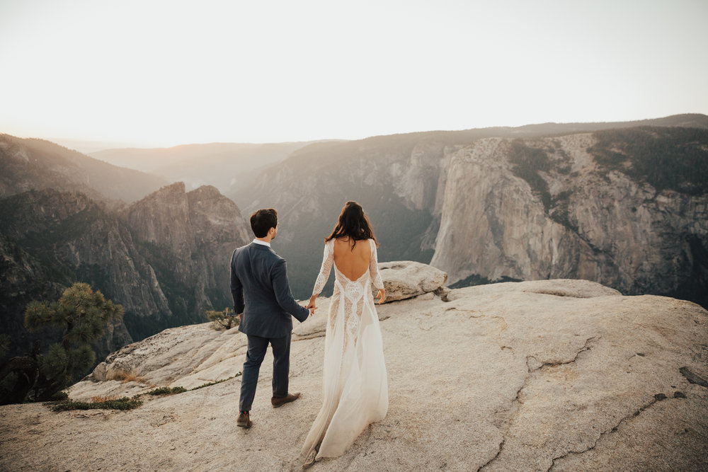 SUNSET WEDDING CEREMONY AT TAFT POINT