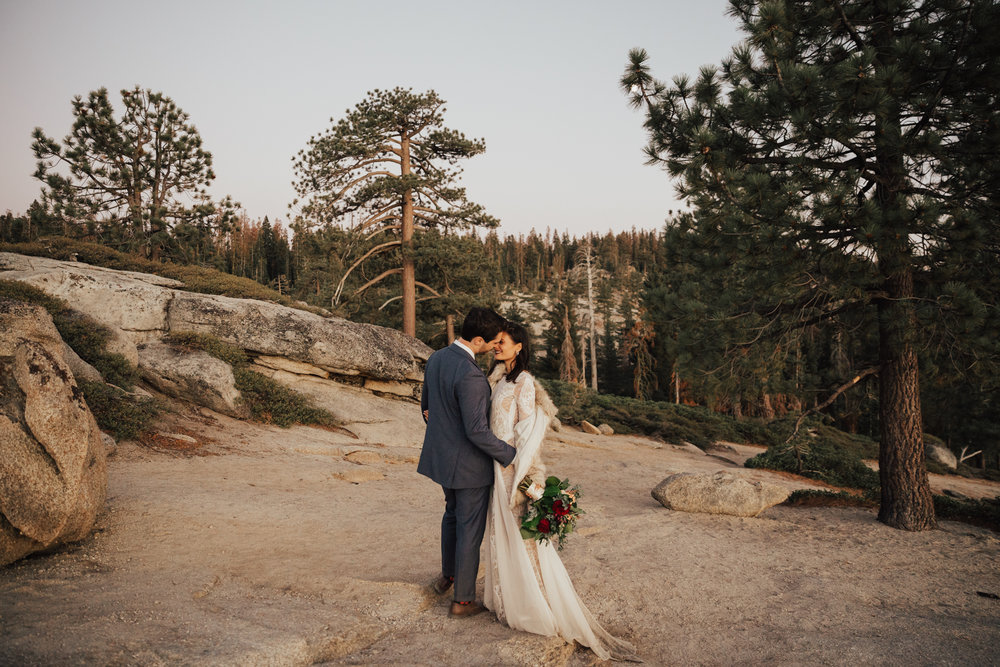 yosemite sunset wedding