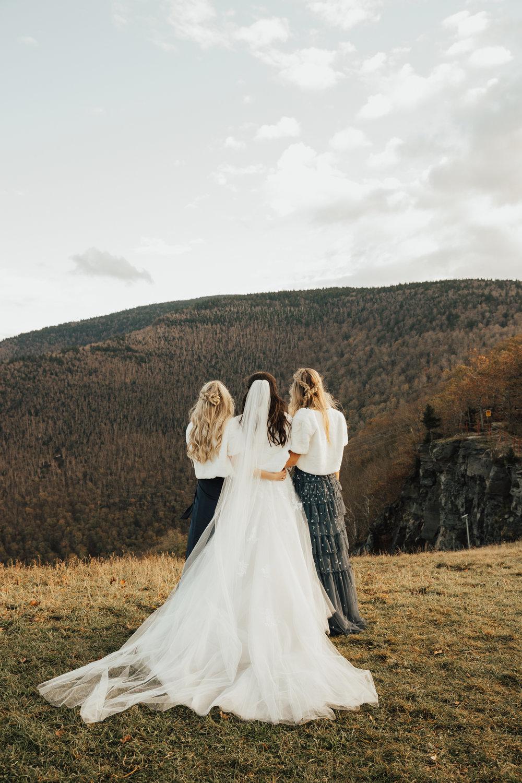 sisters wedding photography