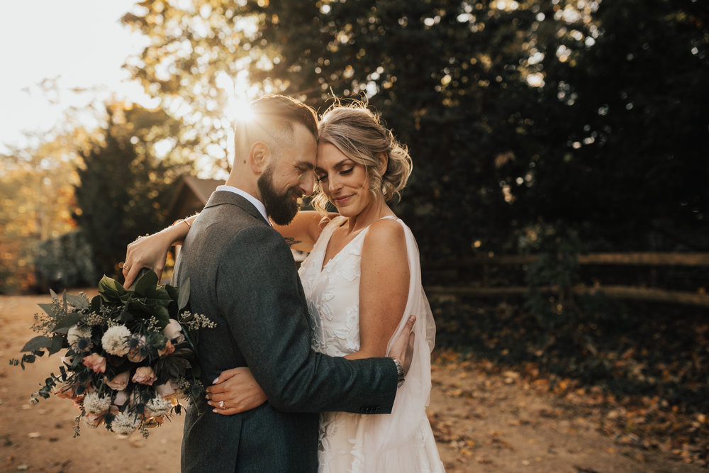 romantic intimate wedding photographer