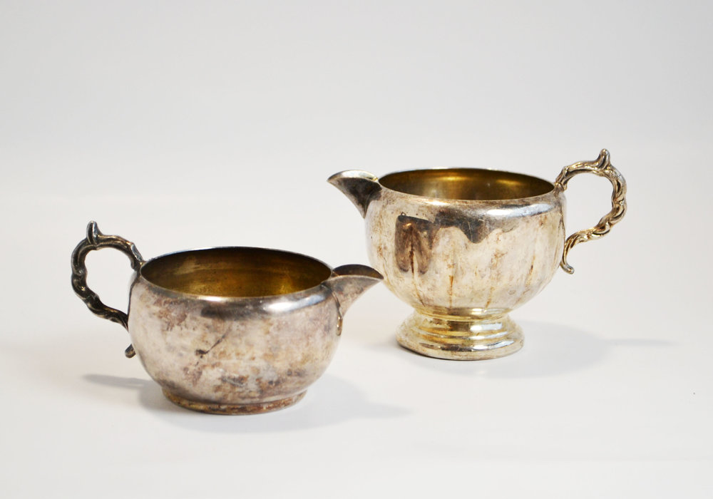 antique gold cups - with handle   Quantity: 16  Price: $3.50