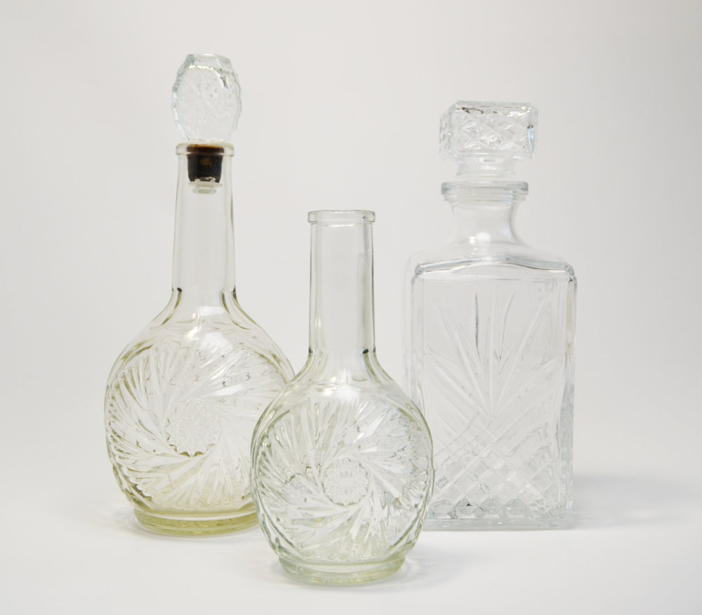 glass decanters   Quantity: round (6) - square (11)   Price: $7.50