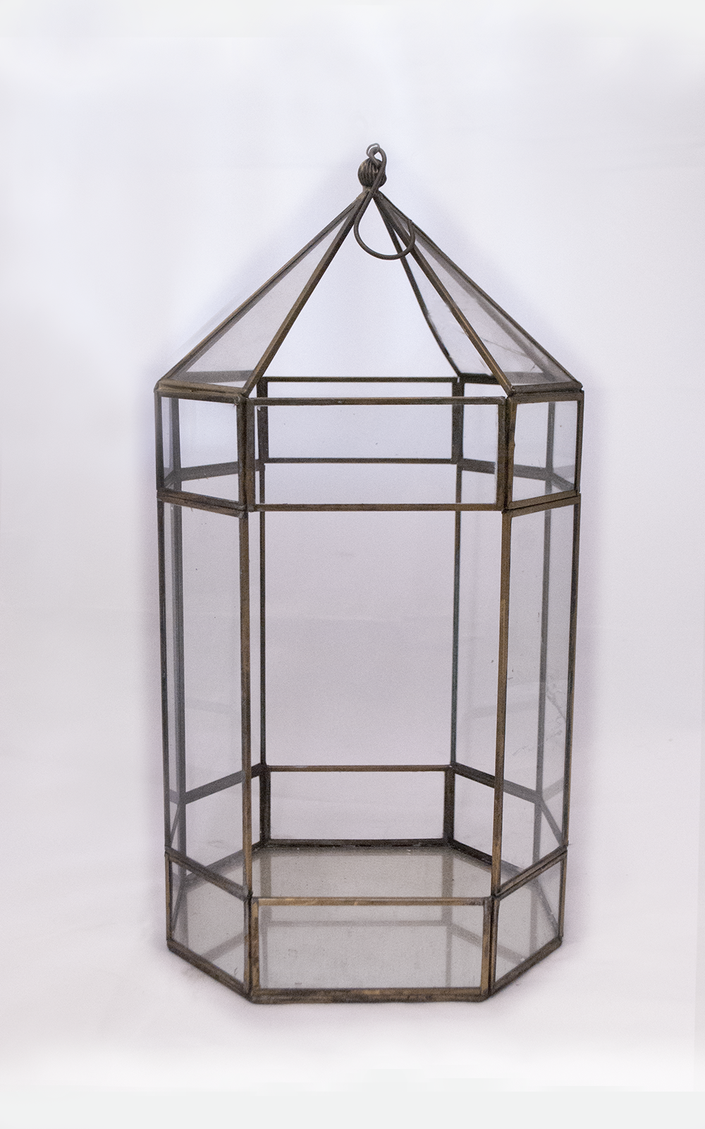 carousel Lantern   gold glass geometric  Quantity: 1  Price: $20.00
