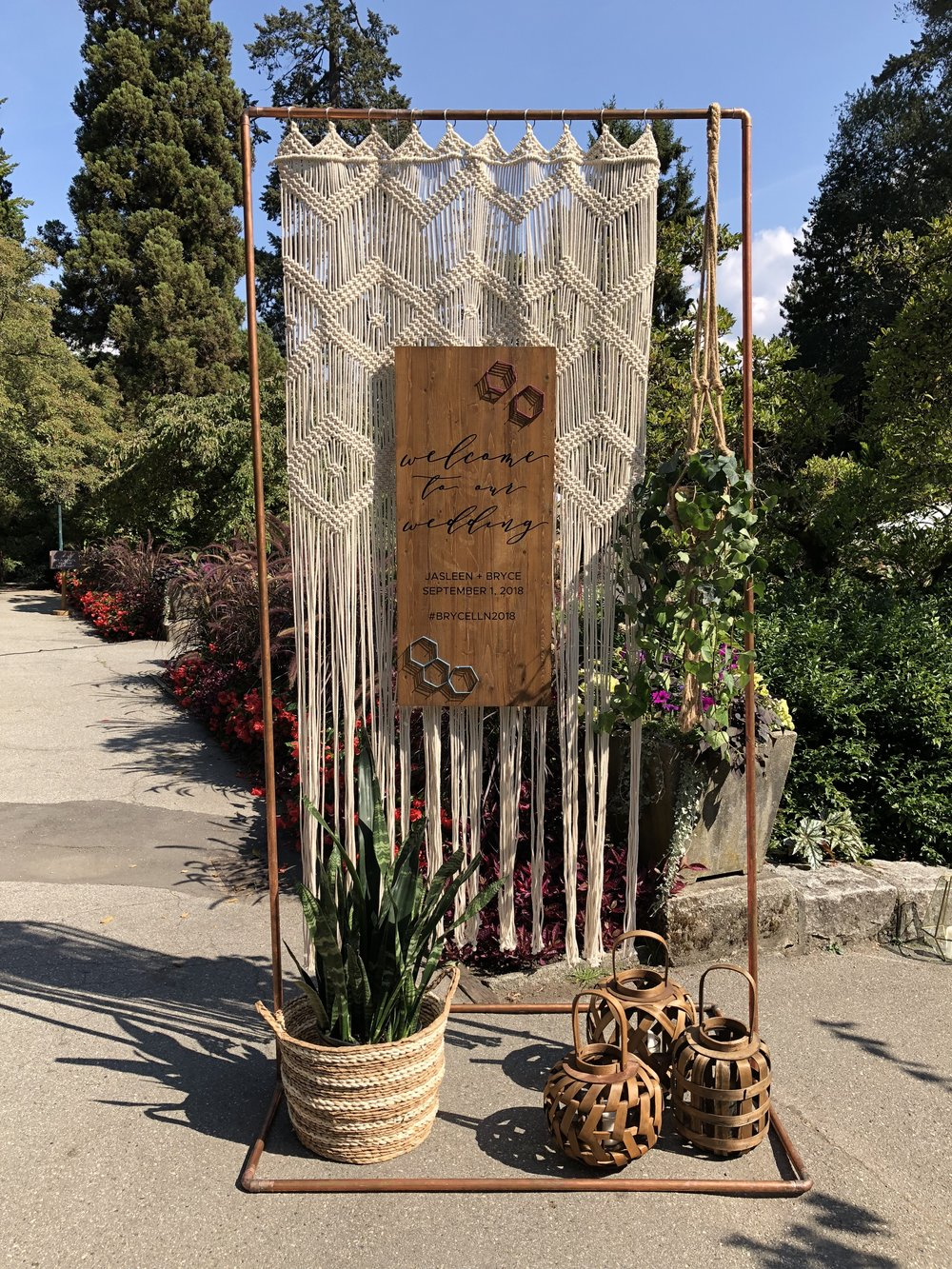 macrame arch + welcome sign   Quantity: 1  Price: $250.00