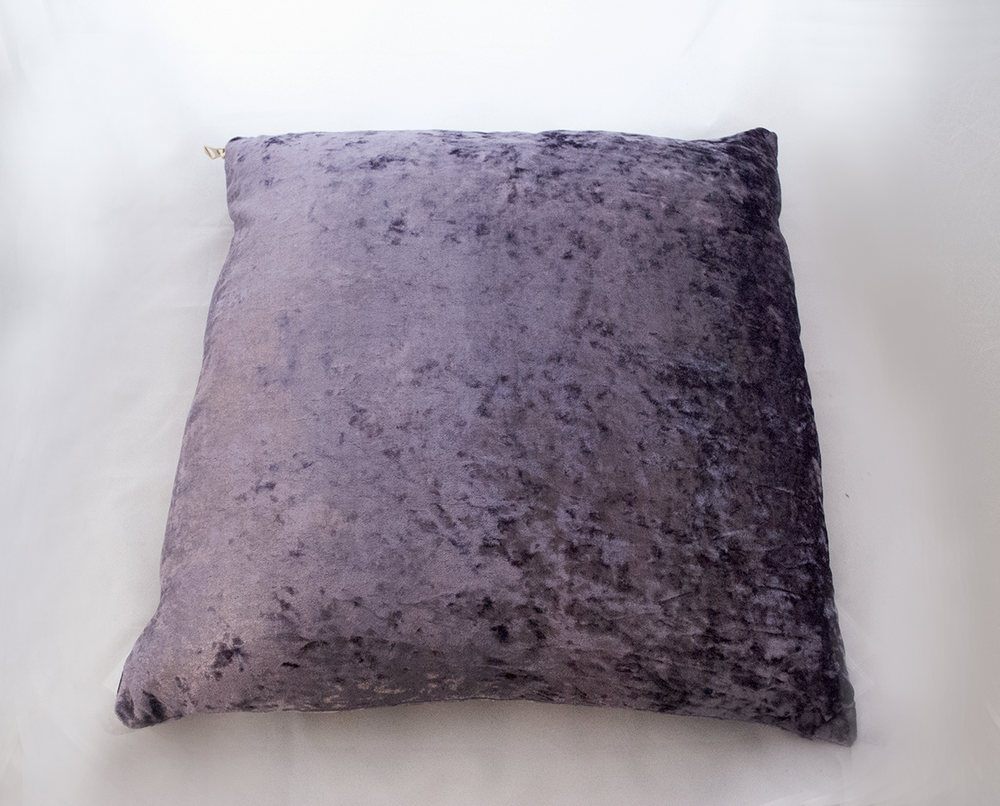 lilac velvet pillow   Quantity: 2  Price: $10.00
