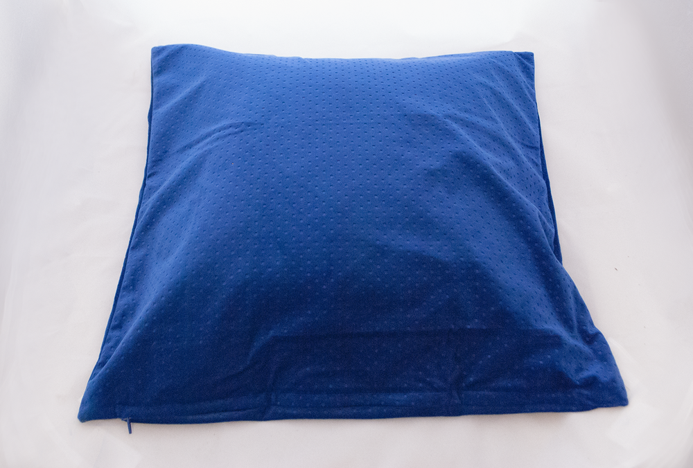 saphire pillow   Quantity: 2  Price: $10.00