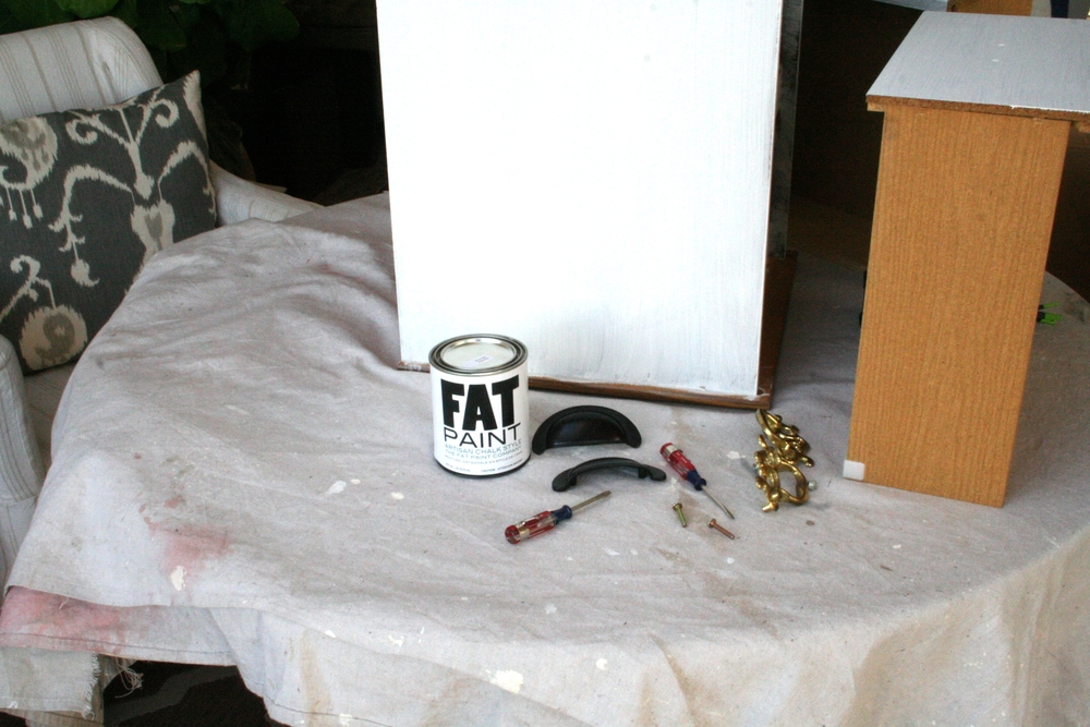 Fat Paint company chalk like paint nightstand makeover