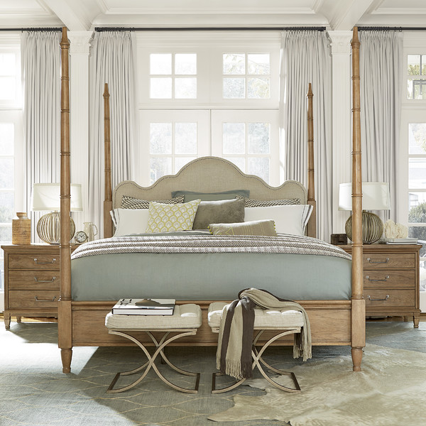 Upholstered Wood Poster Bed with linen fabric