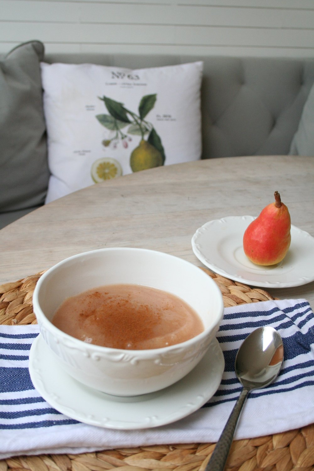 Simple Homemade Pear Sauce Recipe - Coastal Collective Co. blog