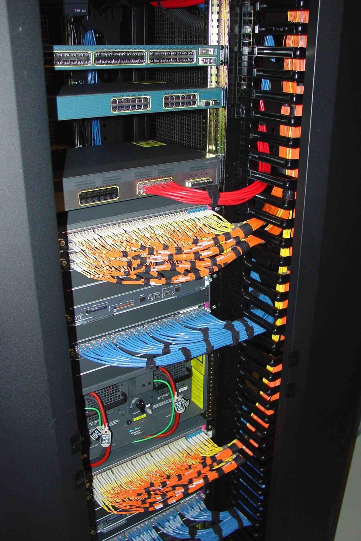 tidy-rack-cabling.jpg