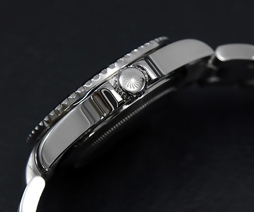 316L Solid Stainless Steel - The case and strap are finished with 316L Stainless Steel, the same steel used in surgical equipment production that's extremely resistant to corrosion. Every Wancher watch undergoes Japanese quality control standards before it reaches you. Your Wancher timepiece is simply unbreakable.