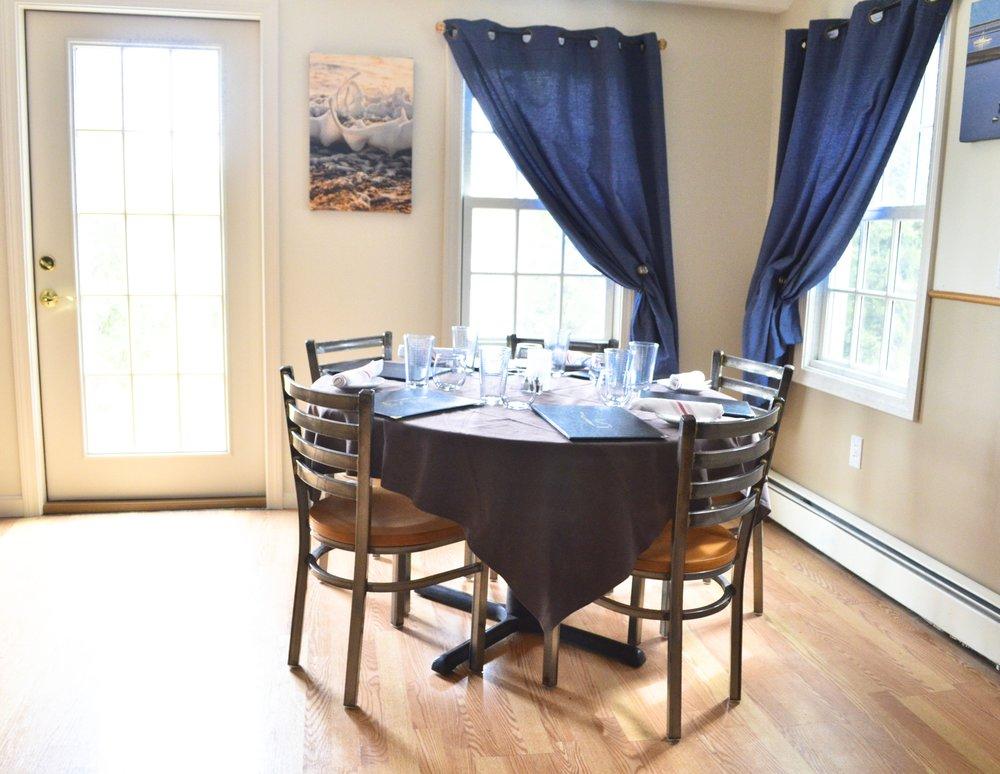 back diningroom 2.jpg