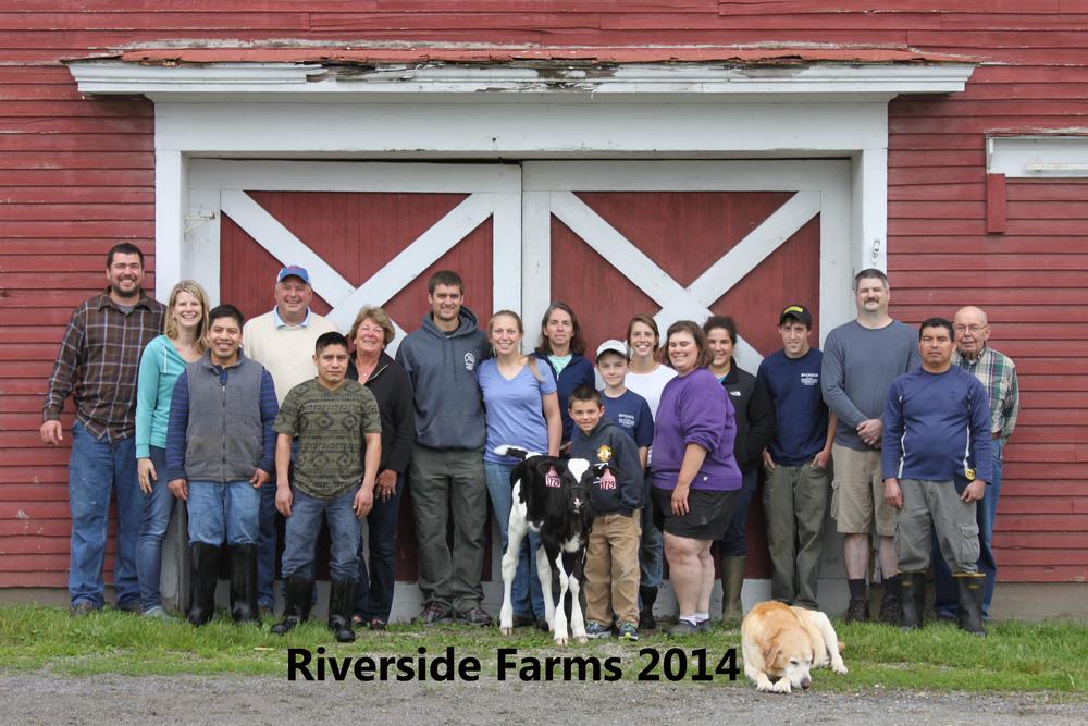 Our 2014 Farm Team: Ransom, Alison, Cirilo, Dave, Pato, Deb, Ryan, Melissa, Vicki, Leveret, Ethan, Paige, Mary, Sarah, Sam, Clark, Nemo, Bus