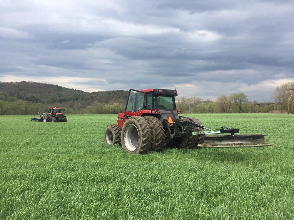 Our injection and dragline system allows us to apply nutrients below the surface, into thick, grass-covered soil.