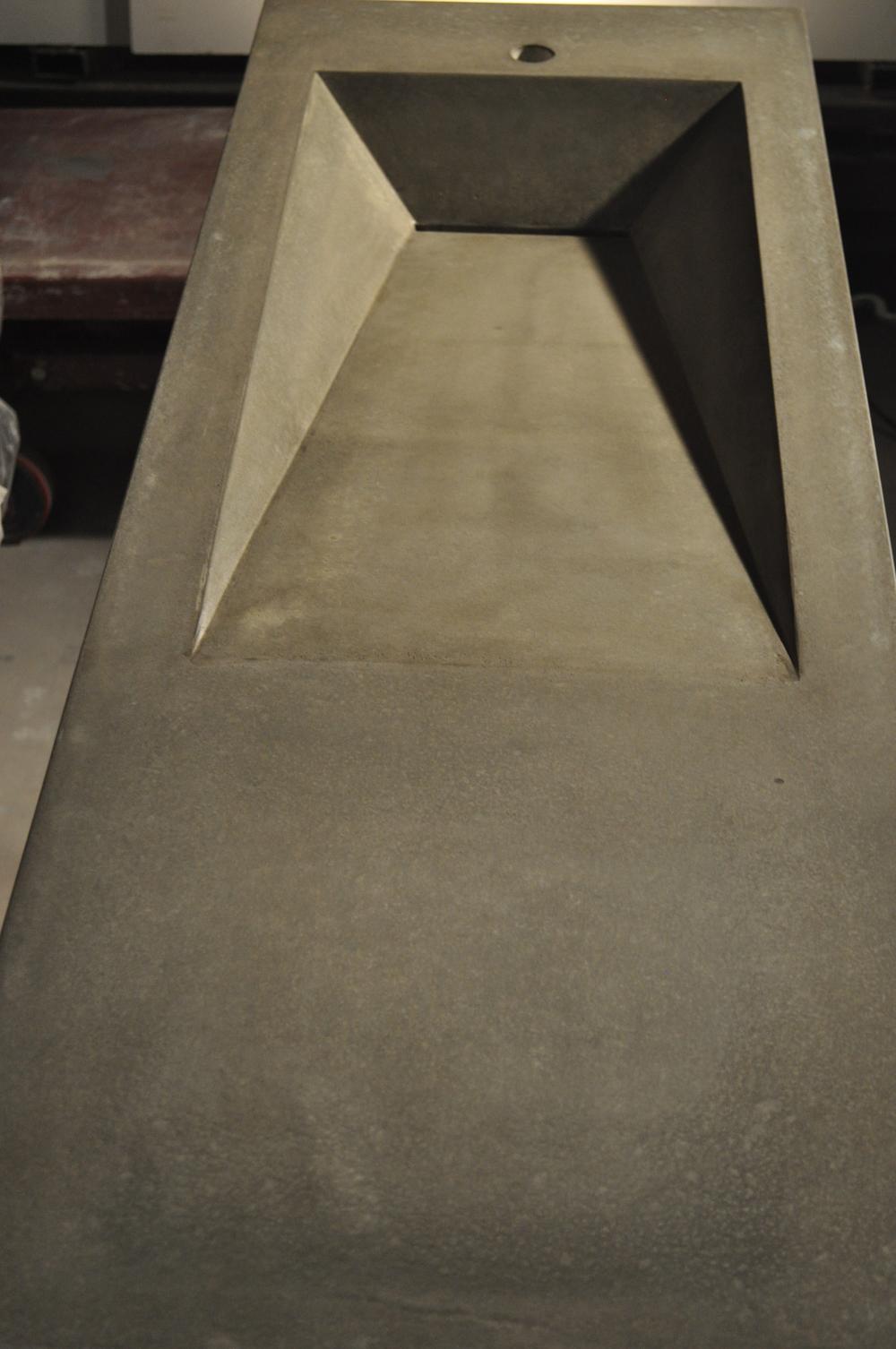 Side Ramp Concrete Sink