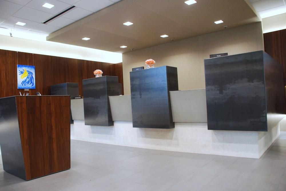 Midfirst Bank Concrete Cashwrap