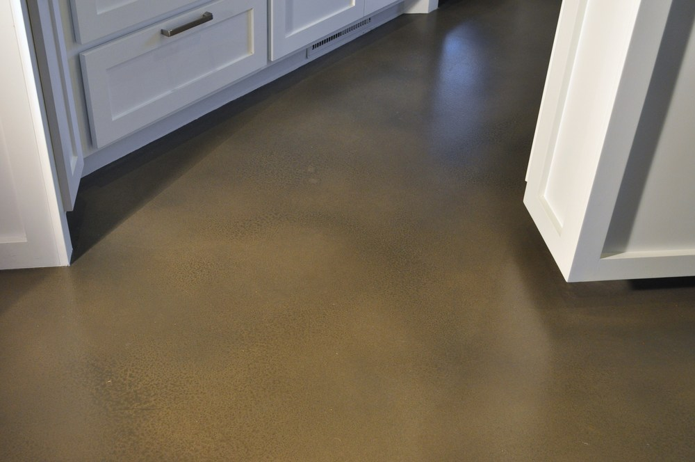 Sprayable Cement Overlay