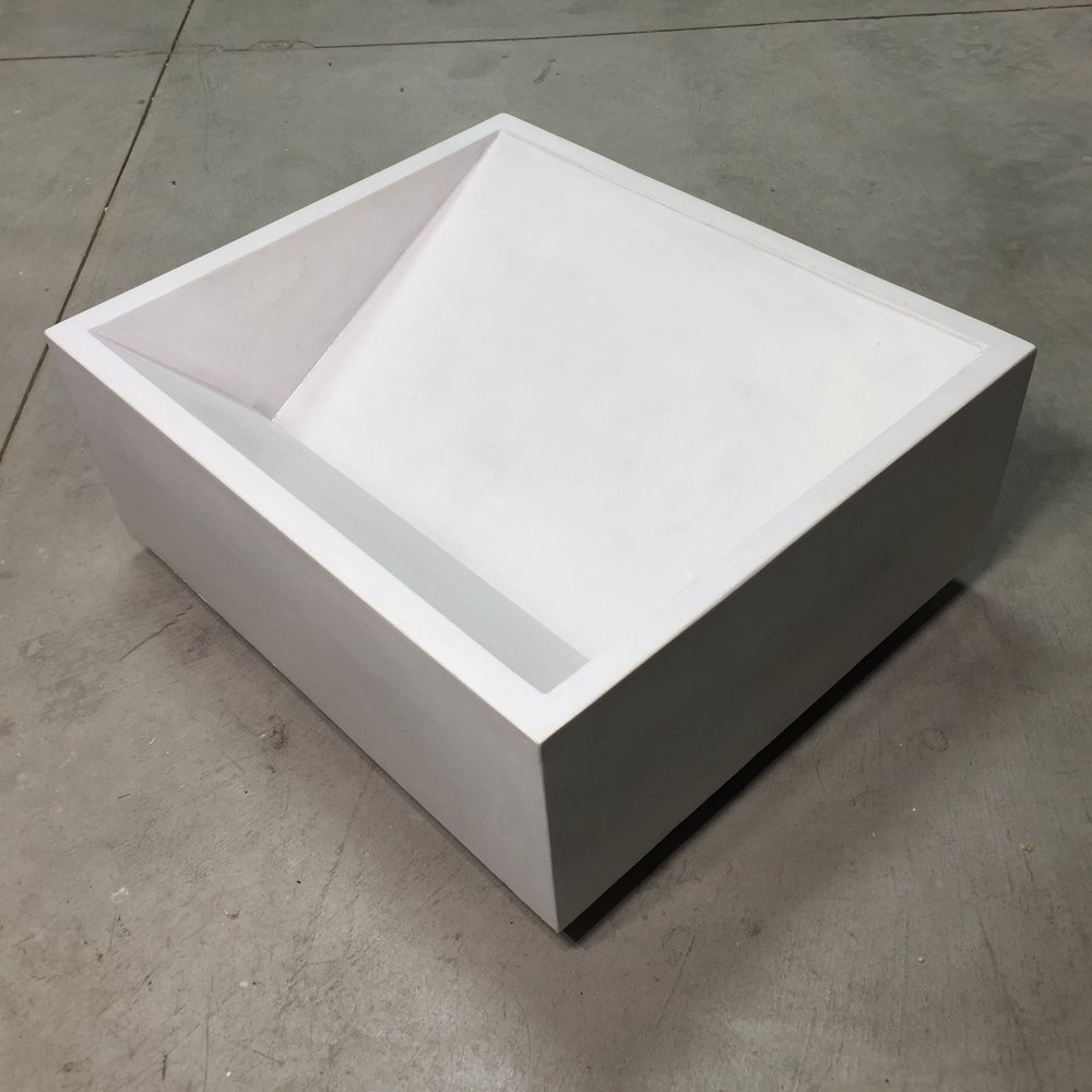 Reverse Ramp Concrete Sink