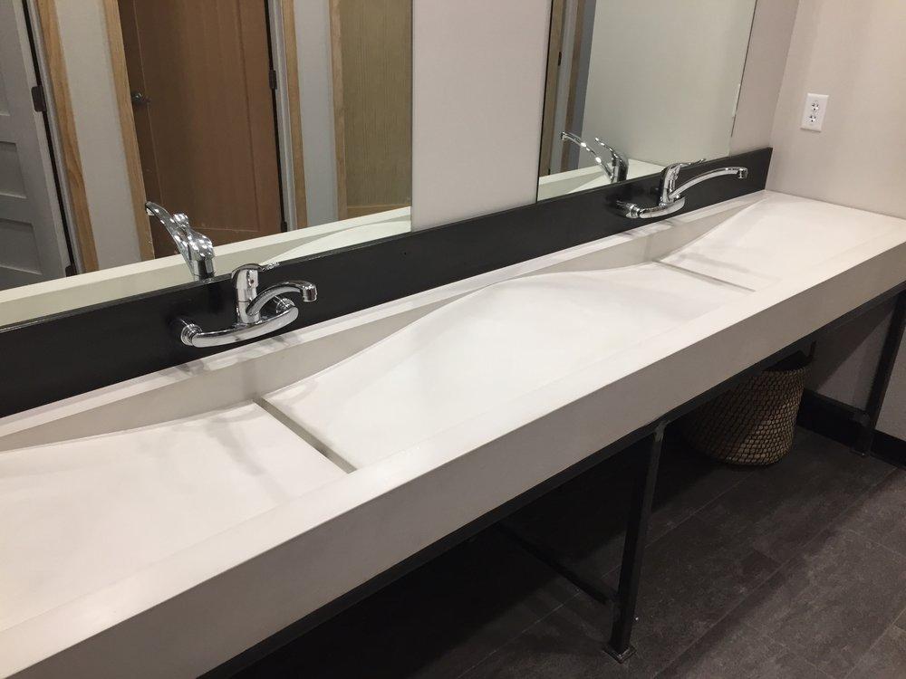 10' Concrete Wave Sink