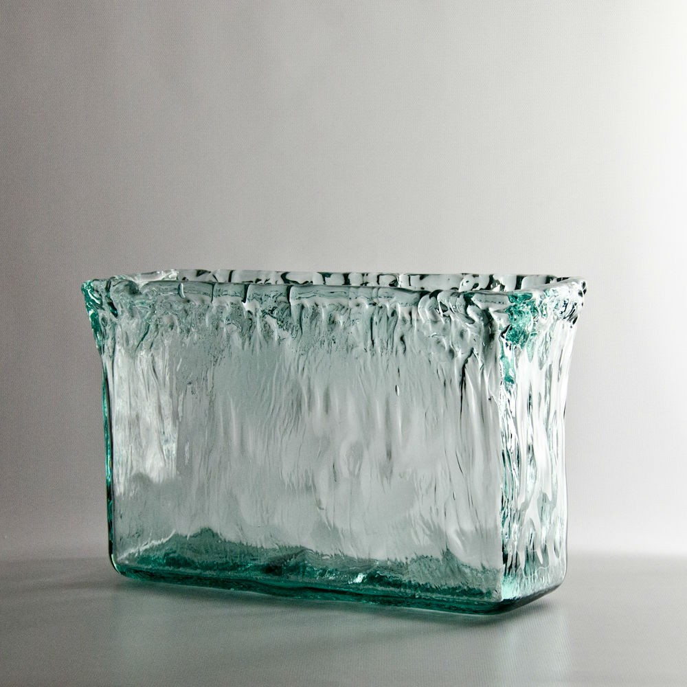 recycled-glass-rectangle-vase-92956-1.jpg