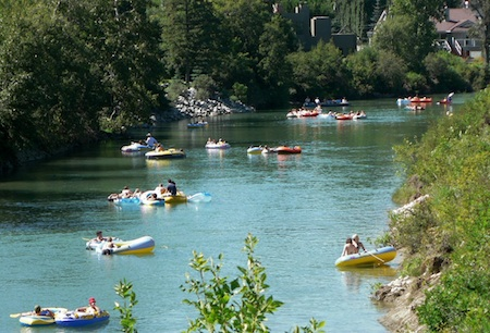 elbow river tubing dreamboats