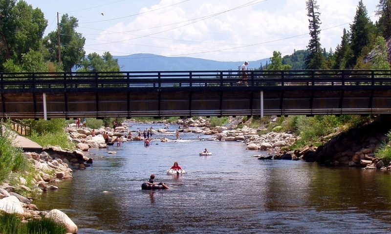 Dreamboats-Yampa-River-Tubing-Steamboat-Springs-2.jpg