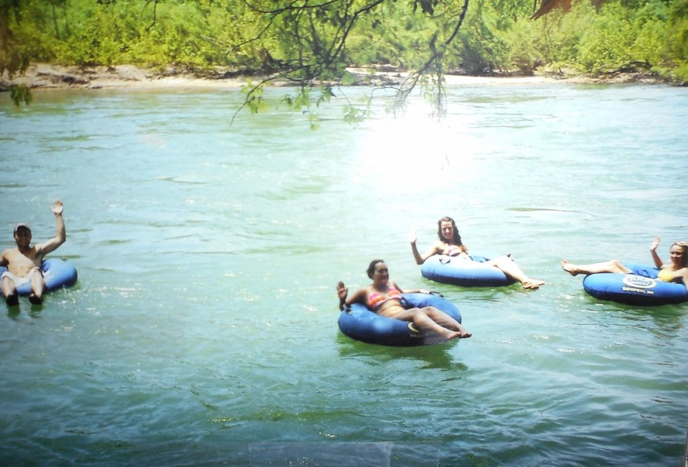 Dreamboats-Current-River-Doniphan-Route-Tubing-Doniphan-2.jpg