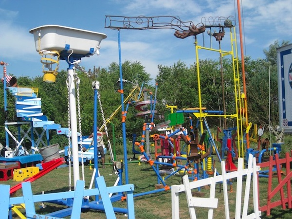 lifesize-mousetrap.jpg