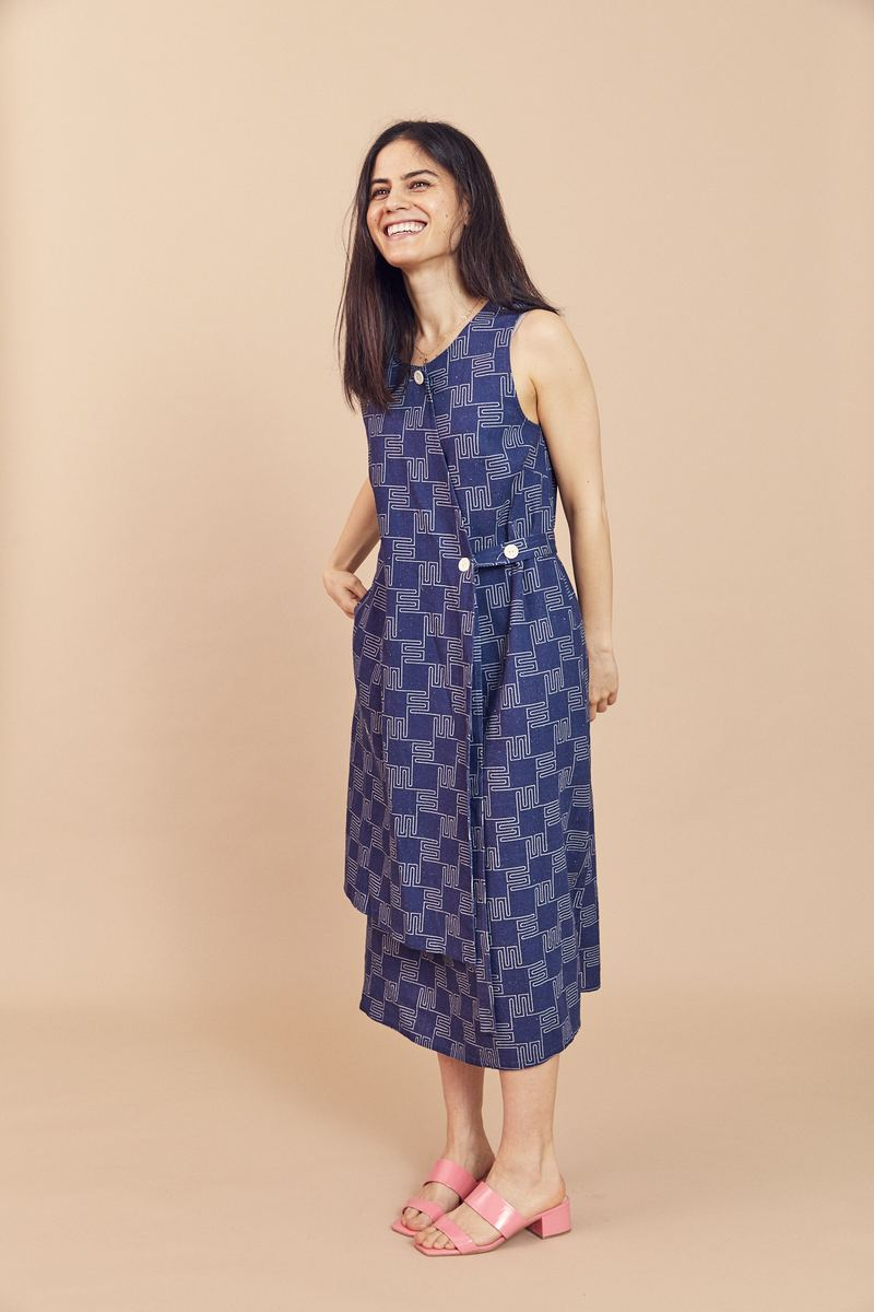 Dusen Dusen Panel Dress - This relaxed linen/rayon blend panel dress is happily made in New York, USA.